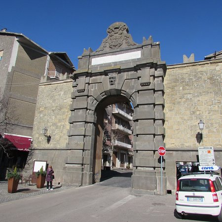 Porta Magenta