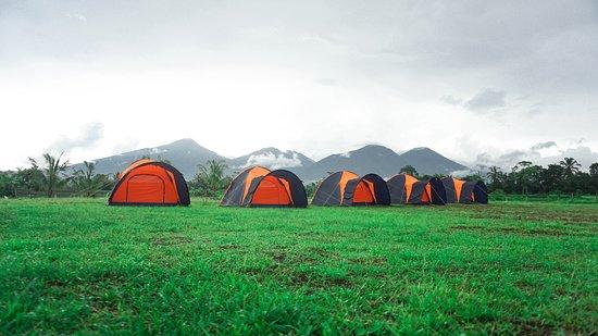 Baturiti, Indonesia: Dome Tent in Perkemahan Kampoeng Peneng