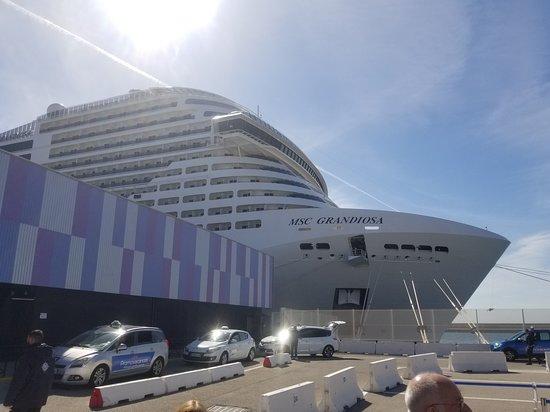 MSC Grandiosa - Deck Plans, Reviews & Pictures - Tripadvisor