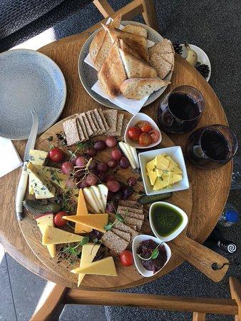Pukaki, Новая Зеландия: Cheese Platter for two