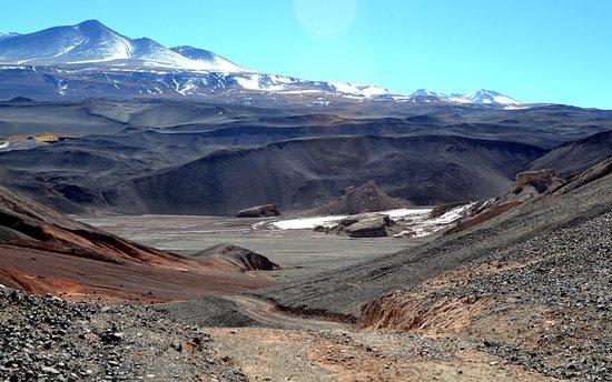 vista de regreso desde Antofalla hacia Antofagasta  por el camino que usan las mineras