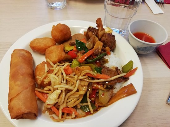 Uusikaarlepyy, ฟินแลนด์: Vietnamesisk buffe