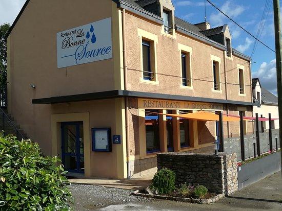 Herbignac, ฝรั่งเศส: Façade du restaurant