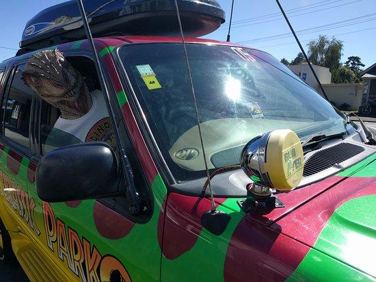 Raetihi, Новая Зеландия: Rex takes a ride in our Jurassic Park photo!
