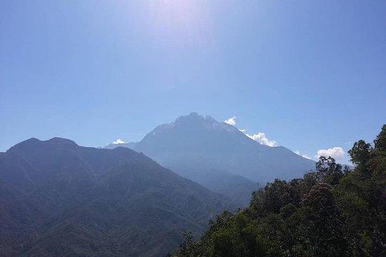 Parc Kinabalu et source chaude de...