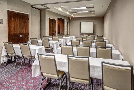 Courtyard Kansas City Country Club Plaza: Meeting room