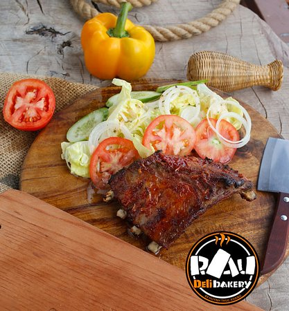 Italian restaurant in Mui Ne. meat, steaks and ribs. Delicious pizza over 10 different types of pizza. Burgers cheeseburgers and hamburgers in the restaurant, many types of lasagna pasta and steaks.