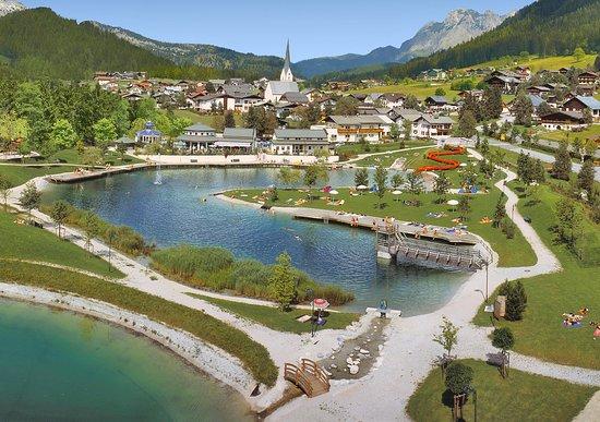 St Martin am Tennengebirge, Austria: St. Martin am Tennengebirge mit Badesee