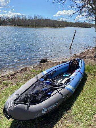 Lake Conjola, Австралия: Go kayaking, boating and swimming