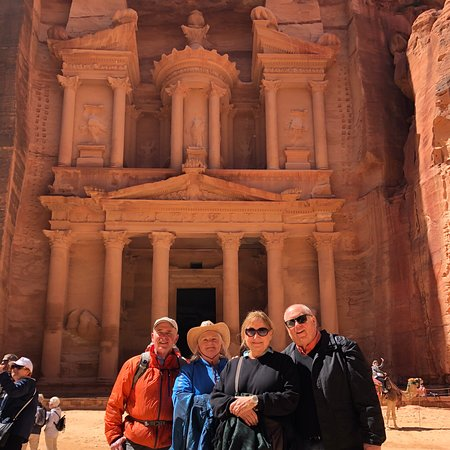 Full Day Petra and Wadi Rum Experience
