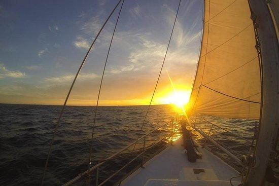 Fotografia de Cruzeiro de Crepúsculo à Vela da Fremantle