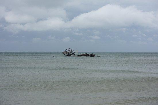 Indented Head, Australia: Ozone Shipwreck