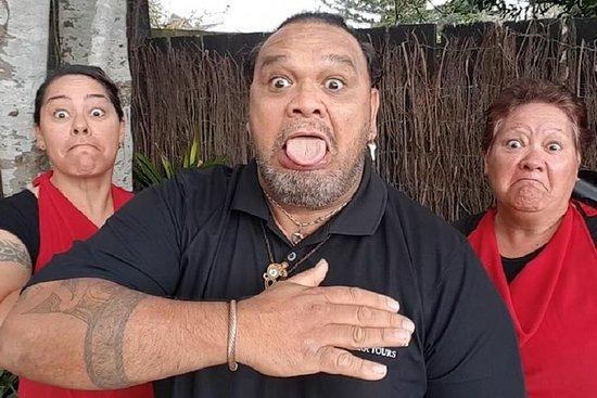 Tu Tika Tours - Un'esperienza culturale unica con una famiglia Maori