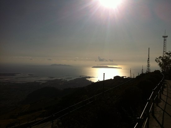 Aegadian Islands, Italija: Tardo pomeriggio sulle Egadi !  🌞🌞🌞🌞🌞