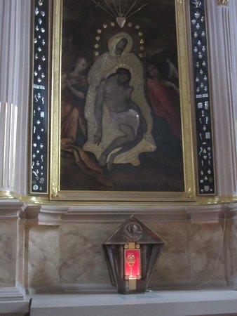 Kaunas, Lituania: フレスコ画と聖体