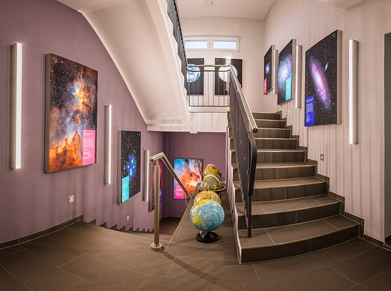 Zeiss-Planetarium und Sternwarte