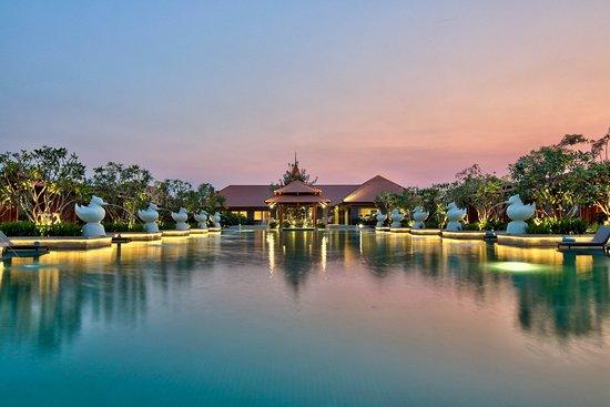 Naypyidaw, Birma: Swimming pool