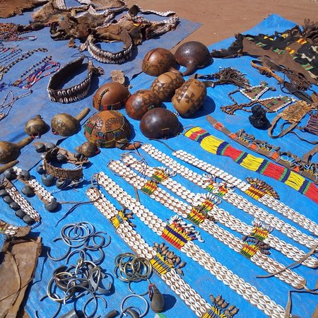 Key Afer, Эфиопия: Traditional hand make of hand craft of benna tribe to decorate them self!!