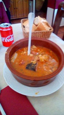 Arredondo, Spain: cocido montañes estupendo.