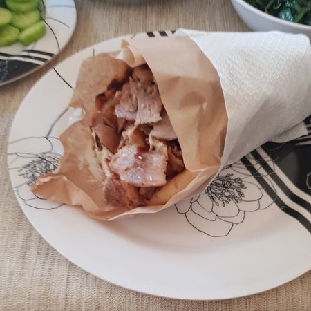 Oraiokastro, Grecia: Gyros pita and we stay home this weekend