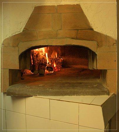 Il forno a legna dell' Osteria Corsini