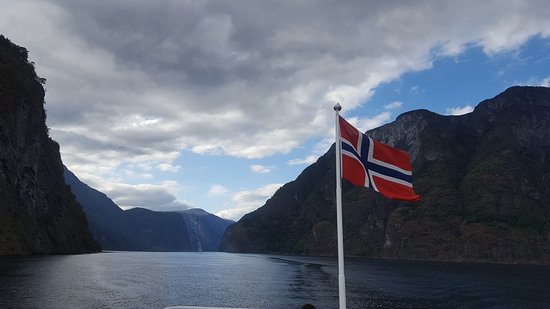 Sognefjord to Flåm ferry trip