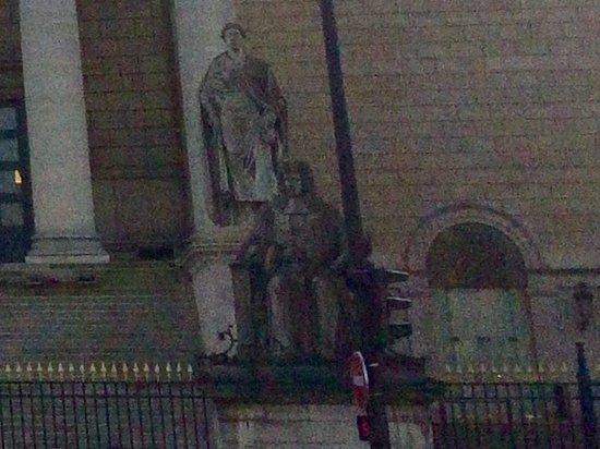 La statue de François d'Aguesseau