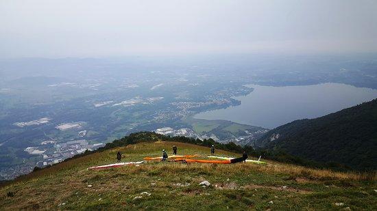 Civate, Italy: Lancio col parapendio dal Monte Cornizzolo.