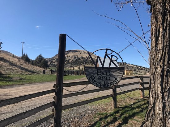 Fossil, OR: Wilson Ranches