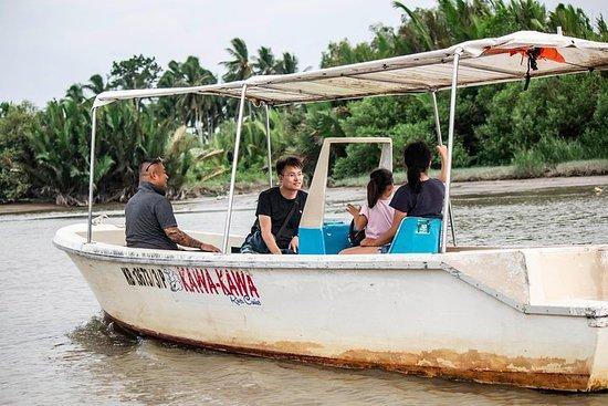 Croisière sur la rivière Kawa-kawa...