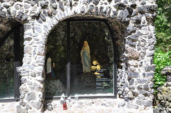 Bredevoort, Nederland: Lourdes grot