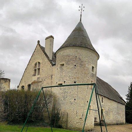 Chateau de La Chapelle Bellouin