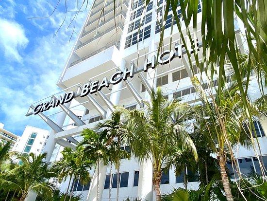 Grand Beach Hotel 119 1 8 4