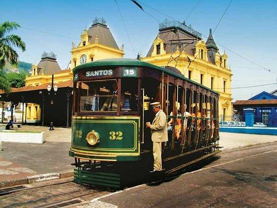 Excursion à Santos Shore: visite de la ville et transfert depuis...