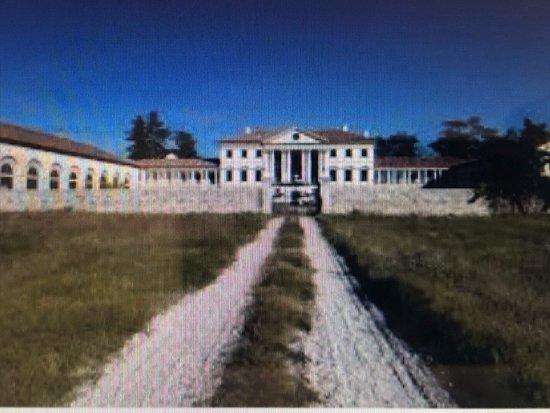 Villa Amalteo Lucheschi in Godega di Sant'Urbano