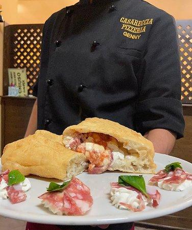 San Cipriano d'Aversa, Italia: Qualcuno ha detto pizza fritta???!!
