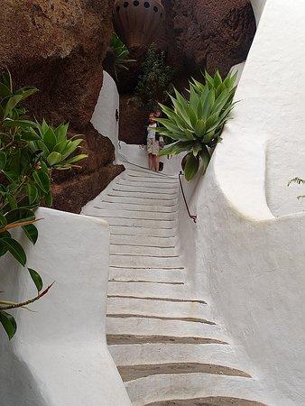 Nazaret, Испания: Stairs to house