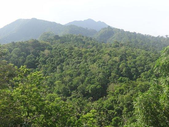 Neves, Sao Tome and Principe: vue sur le pico Sao Tome