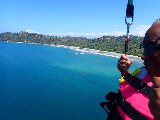 Beach Parasailing with Aguas Azules: mid flight view of parasailing