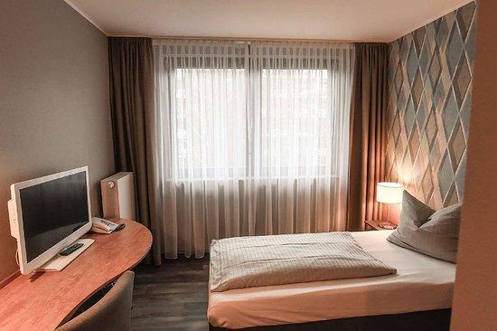 Castrop-Rauxel, Germany: Room example