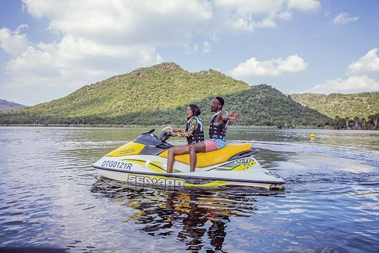 (Private/Couple) 13 Luxury and Fun Filled Days in South Africa