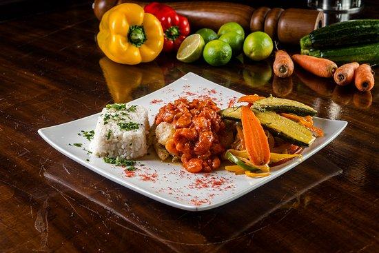 Столичный регион Сантьяго, Чили: Pesca del dia en salsa de camarones