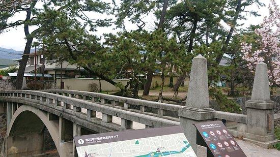 夙川にかかる、レトロな橋