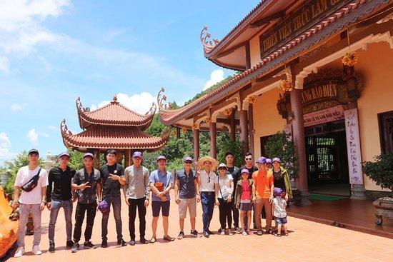Van Don, Вьетнам: GIAC TAM MADITATION INSTITUTE: https://flic.kr/s/aHsmLVzpRi  #vietnamzen; #truclamyentu; #QUANGNINH; #thienvienGIACTAM; #vanhoavietnam