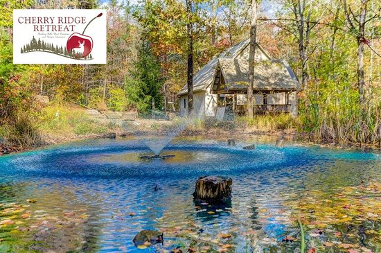 Cherry Ridge Retreat - Hocking Hills Luxury Cabins: Private romantic luxury Whispering Pines cabin, with private pond, and covered hot tub!
