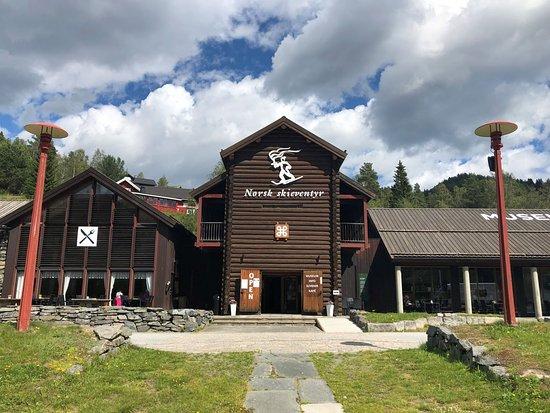 Norsk skieventyr - The Norwegian Ski Museum Morgedal.