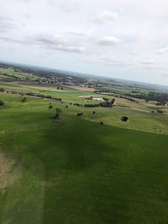Southern Barossa: 10-Minute Helicopter Flight: Great atmosphere.