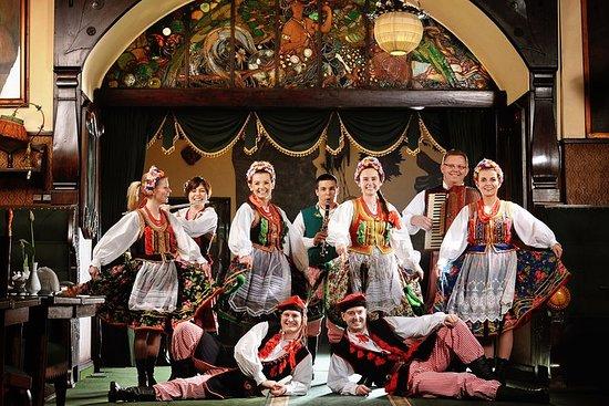 Espectáculo folclórico polaco con...