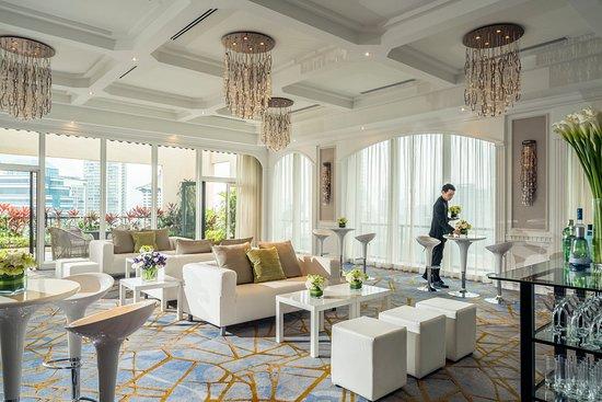 Four Seasons Hotel Singapore: Windows East