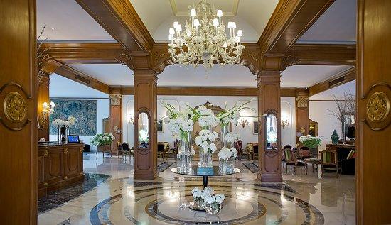 阿爾德羅瓦迪宮飯店